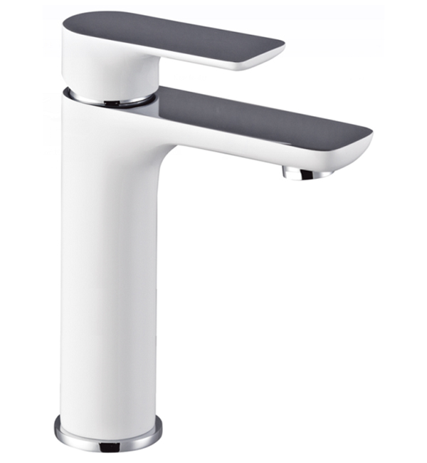 Plush White Middle Basin Mixer